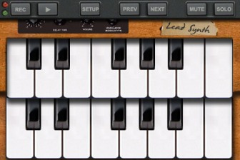 iPhone MooCowMusic:band-keyboard