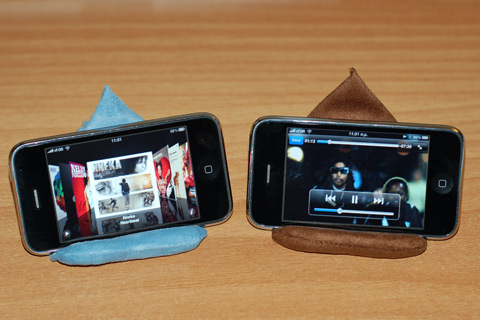 laybag-iphone-video-stand